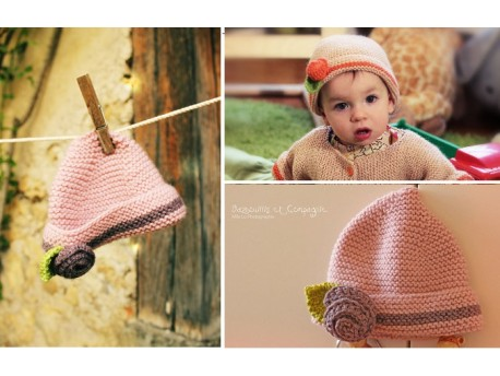 bonnet-bebe-tricote-main