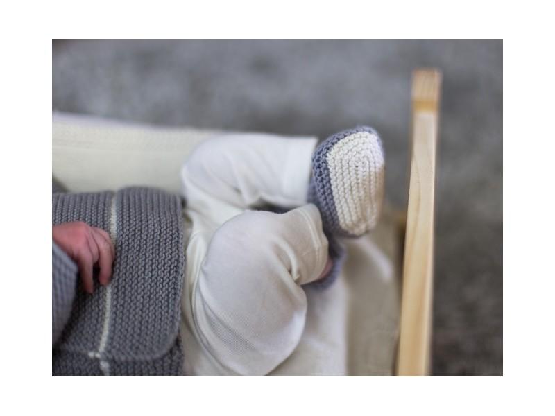 6a4fe499cb7b Layette tricotée main Brassiere bonnet chaussons