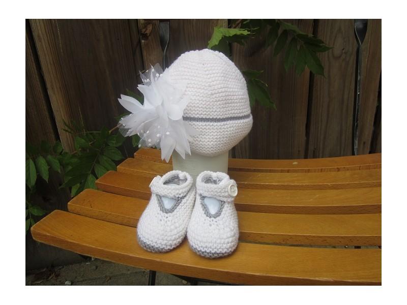 89505a5281c90 ... coffret de naissance-modèle unique et personnalisable Guéret de fonty  coloris blanc 01 et gris ...