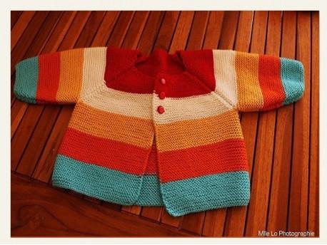 """Modèle de brassière à tricoter au point mousse """"Multi Rayures"""""""