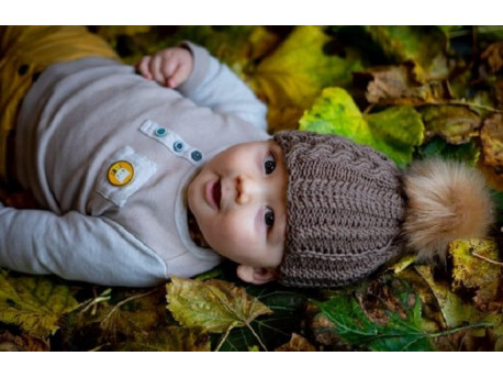 Surprise le bonnet pour bébé tricoté main